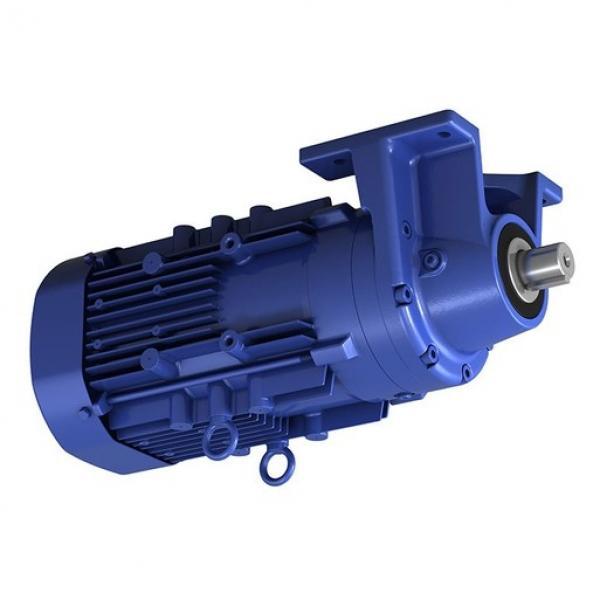 Sumitomo SH330-3 Hydraulic Final Drive Motor #3 image